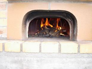 Wood oven: Regular fire