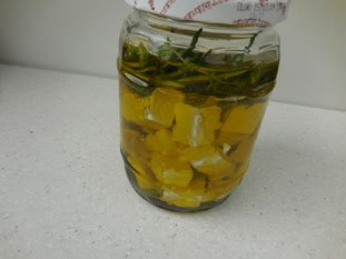 Feta in olive oil with herbs : Photo of step #26