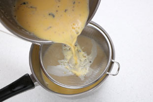 Real custard sauce (crème anglaise) : Photo of step #6