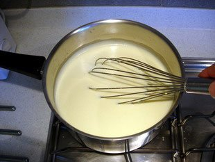 Confectioner's custard (Crème pâtissière, or French pastry cream) : Photo of step #7