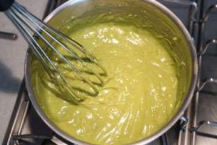 Pistachio confectioner's custard : Photo of step #6