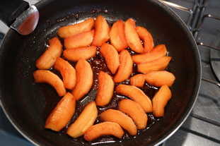 Confit of quinces in Macvin : Photo of step #7