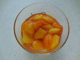 Peach and blackcurrant coupe : Photo of step #2