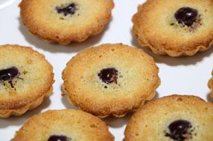 Mini almond-morello tarts : Photo of step #26