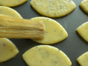 Tea and white chocolate biscuits : Photo of step #6