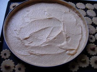 Apricot and almond cream tart : Photo of step #3