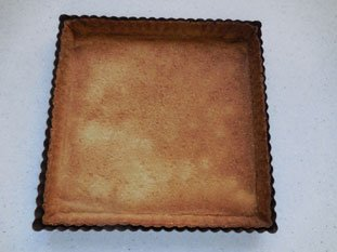 Two-coloured chocolate-orange tart : Photo of step #1