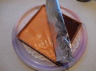 Two-coloured chocolate-orange tart : Photo of step #10