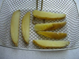 Big knife-cut chips (French fries)  : Photo of step #3