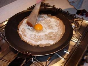 Breton galettes (pancakes) : Photo of step #3
