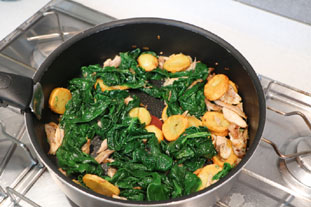 Chicken with spinach in a cream sauce  : Photo of step #6