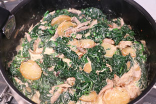 Chicken with spinach in a cream sauce  : Photo of step #8