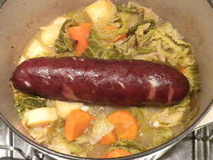 Winegrowers' sausage casserole