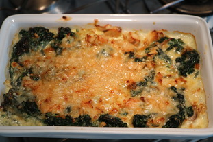 Gratin-style spinach and chicken omelette