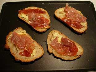 Melting Epoisses on toast  : Photo of step #5