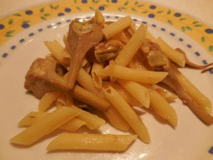 Penne with purple artichokes