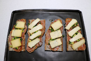 Ham and cheese slices with spring onions : Photo of step #8