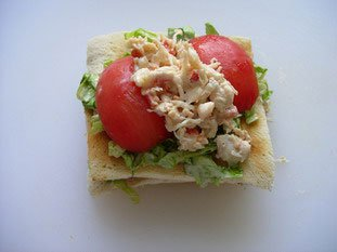 Crab and smoked salmon club sandwiches  : Photo of step #11