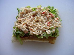 Crab and smoked salmon club sandwiches  : Photo of step #9