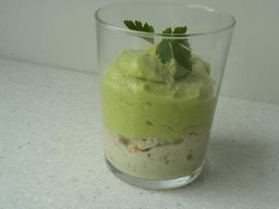 Verrine of avocado mousse and crab