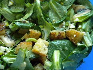 Corn salad with croutons