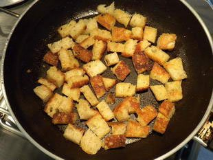 Corn salad with croutons : Photo of step #7