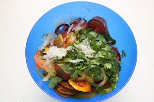 Mixed tomato salad : Photo of step #4