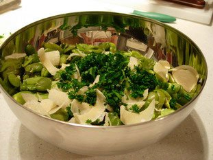 Broad bean salad with Parmesan : Photo of step #10