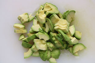 Green avocado salad : Photo of step #1