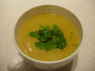 Smooth mixed vegetable soup