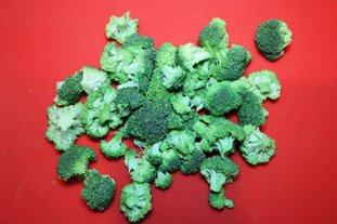 Light Broccoli Soup : Photo of step #1