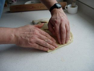 Fougasse with bacon and Comté : Photo of step #10