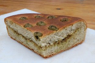 Olive and pesto bread : Photo of step #12