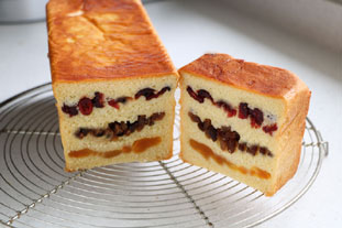 3-fruit brioche loaf