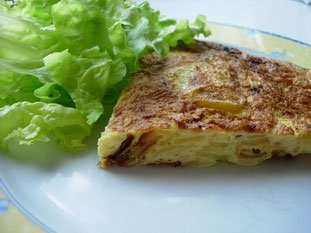 Potato tortilla (Spanish omelette) : Photo of step #16