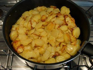 Potato tortilla (Spanish omelette) : Photo of step #7