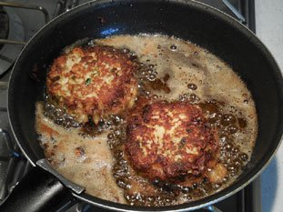 Crab Cakes : Photo of step #8