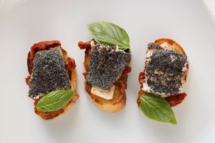 Canapés of red mullet with poppy seeds : Photo of step #14