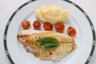 Firied fillet of sea bream with polenta : Photo of step #26