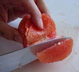 How to peel a fruit : Photo of step #13