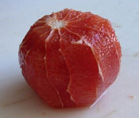 How to peel a fruit : Photo of step #7