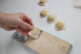 How to make ravioli : Photo of step #14