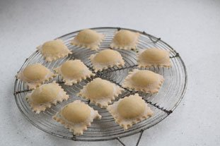 How to make ravioli : Photo of step #15