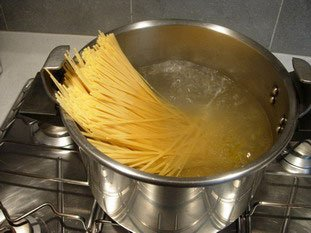 How to cook pasta properly : Photo of step #2