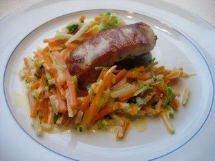 Loin of pork with herbs and julienne vegetables