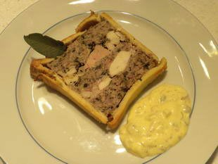 Paté en croute (terrine in a pie crust)