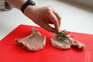 Pork Chops with Rosemary : Photo of step #2