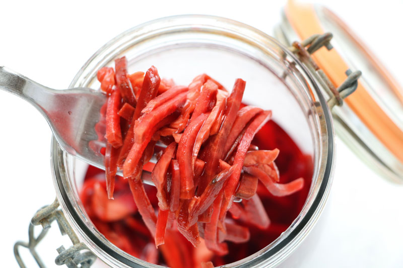 Red mixed pickle