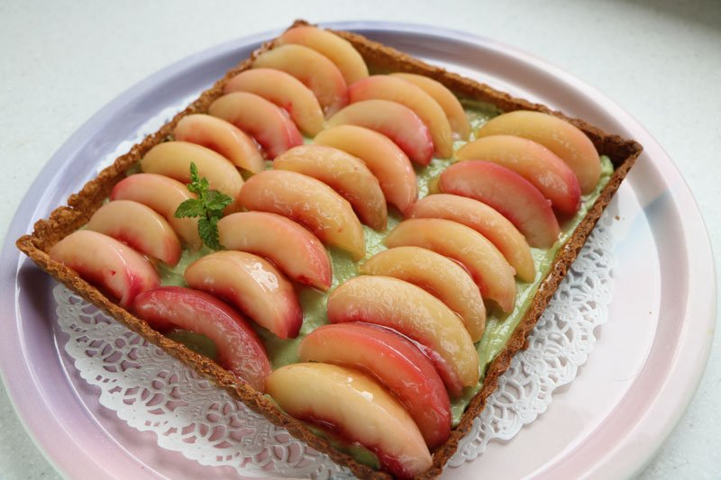 Peach and green tea tart