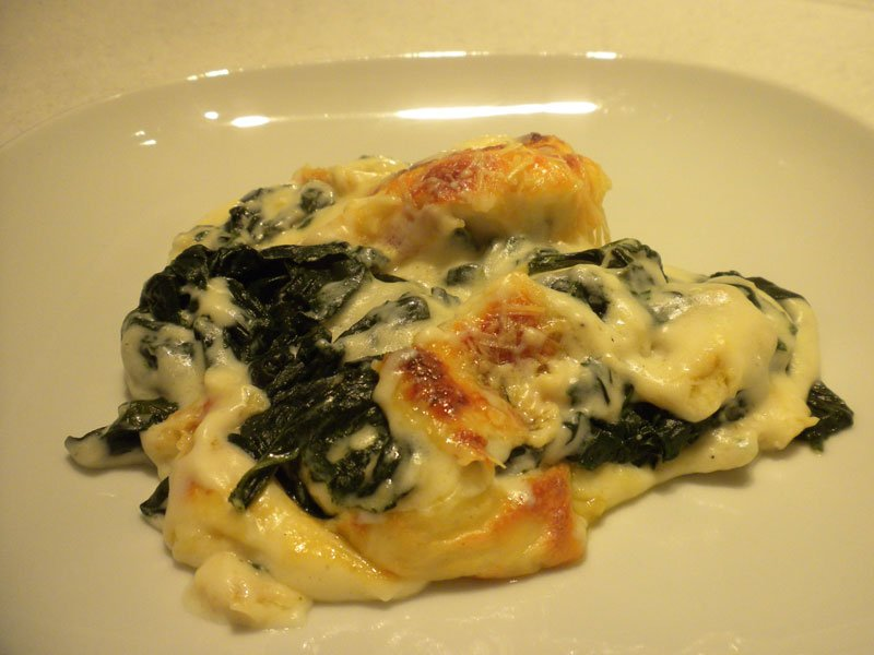 Spinach and hard-boiled egg gratin